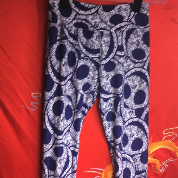 LuLaRoe Pants - Jack skellington leggings